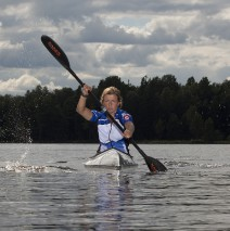 Annika i kanot